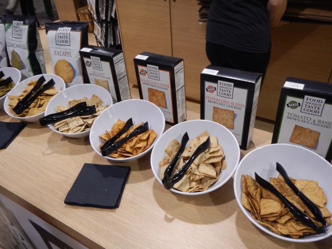 natrual products expo west review - food should taste good crakcers