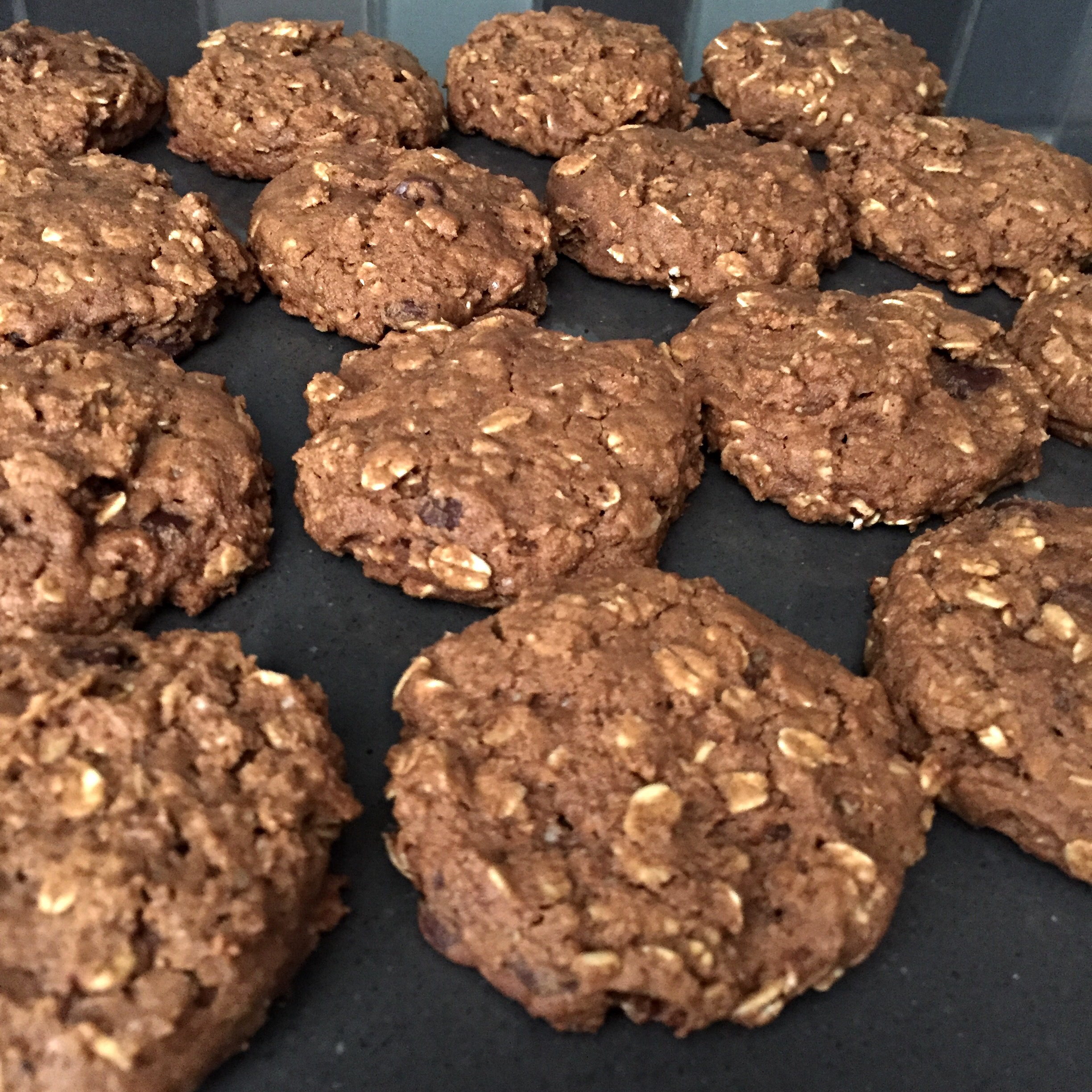 pumpkin spiced peanut butter oatmeal. chocolate chip cookies vegan gf
